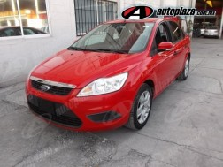 Ford Focus 2010 4p Sedan Ambiente Aut