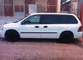 Ford Freestar 2005 Minivan 2000
