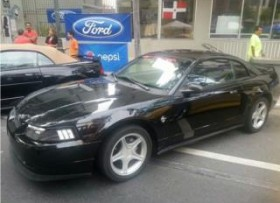 Ford Mustang 1999 muchos extras