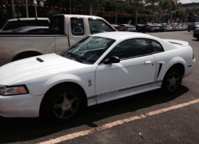 Ford Mustang 2000 2500