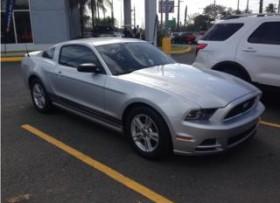 Ford Mustang 2013 liquidacion casi nuevo