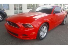Ford Mustang 2014 V6 Como nuevo