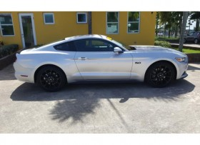 Ford Mustang GT 50 litros 2016
