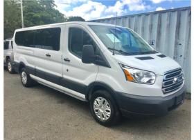 Ford Transit 15 Pasajeros