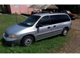 Ford Windstar minivan 1998