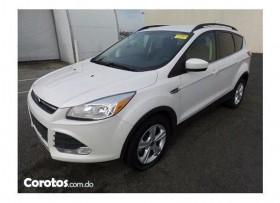 Ford escape SE ecobost 2015 clean carfax