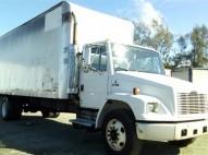 Freightliner FL 70 2002