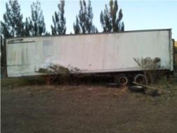 Furgnes vagn de 40′ con base alta y gomas