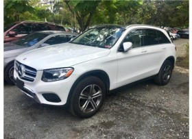 GLC 300 BLANCA PANORAMA ROOF 17