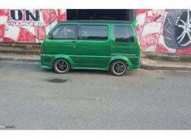 Guagua Daihatsu hijet 97 verde