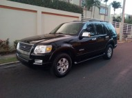 HERMOSA JEEPETA FORD Explorer Negra 2007 4x4 aire