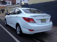 HYUNDAI ACCENT 2012 BLANCO