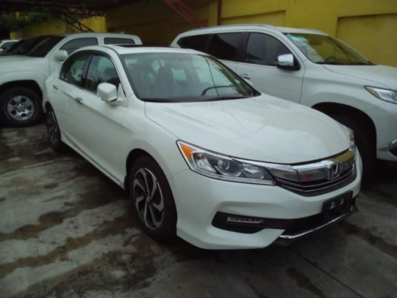 Honad Accord Ex 2017 el full V6