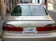 Honda accord 2000 el full americano