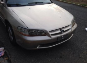 Honda Accord 2000 super carro