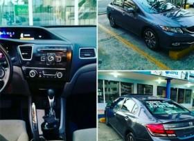 Honda Civic 2013 con cámara de Reversa