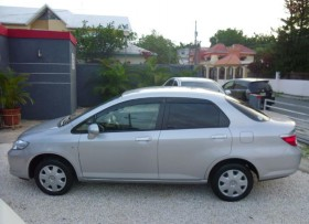 Honda Fit 2004 carro