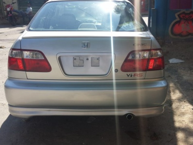 Honda civic 99 mica ancha