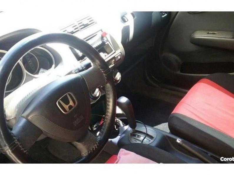 Honda fit 2005 americana