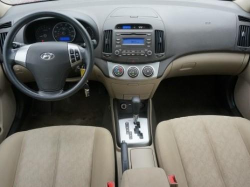 Hyundai Elantra 2010- De Oportunidad, neg