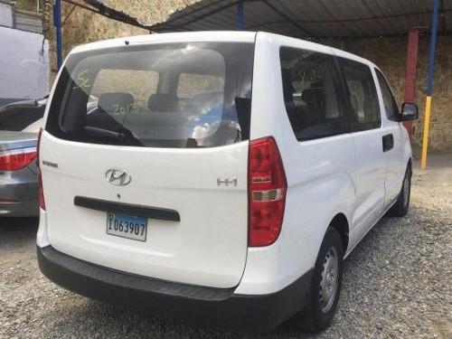 Hyundai H1 2013