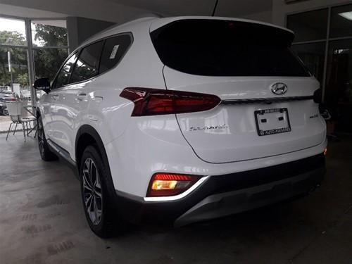 Hyundai Santa Fe Limited 2019