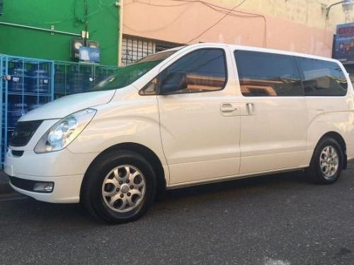 Hyundai h1 2010 blanca como nueva, uso privado