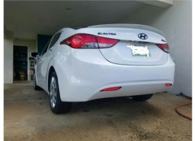 Hyundai Elantra 2012 Excelentes condiciones
