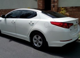 IMPECABLE KIA K5 12 Blanco perla Gas de Fabrica