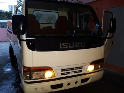 Isuzu volteo