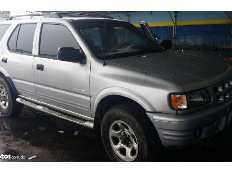 Isuzu Rodeo 2001