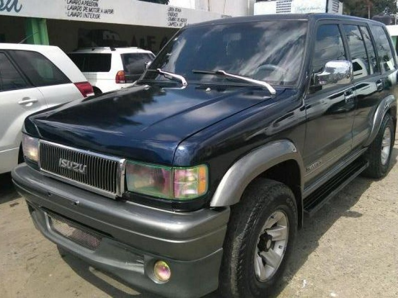 Isuzu trooper 96