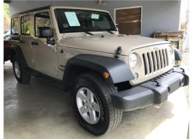 JEEP WRANGLER UNLIMITED 2016 SPORT 4WD CREMA