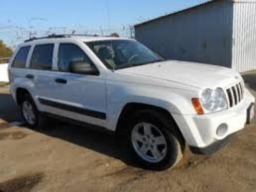 Jeep Cherokee Laredo 2006