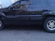 Jeep Grand Cherokee 2000 Color Negra