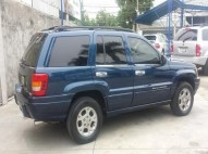Jeep Grand Cherokee Laredo 2000