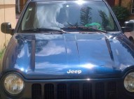 Jeep liberty 2004 azul