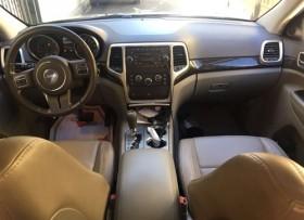 Jeep Cherokee Laredo 2011