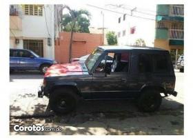 Jeep Mitsubishi montero 89