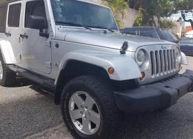 Jeep Sahara 2009