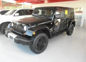 Jeep Sahara 2011