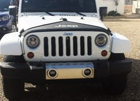 Jeep Sahara 2012
