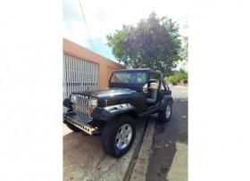 Jeep Wrangler 1988 6 cil standard 5400