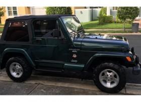 Jeep Wrangler Sahara 2000 4X4