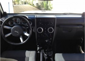 Jeep Wrangler Unlimited Sahara 2008 V6 4X4