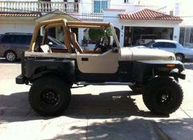 Jeep Wrangler en excelentes condiciones