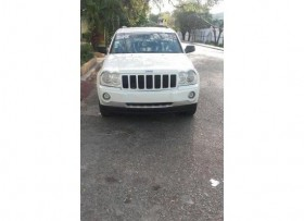 Jeep grand cherokee laredo v6 full 05