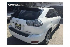Jeepeta Lexus blanca RX