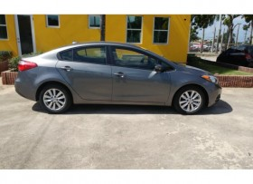 KIA FORTE LX AUT 2016 CON AROS Y FULL POWERS