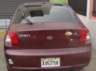 Kia Shuma 2002